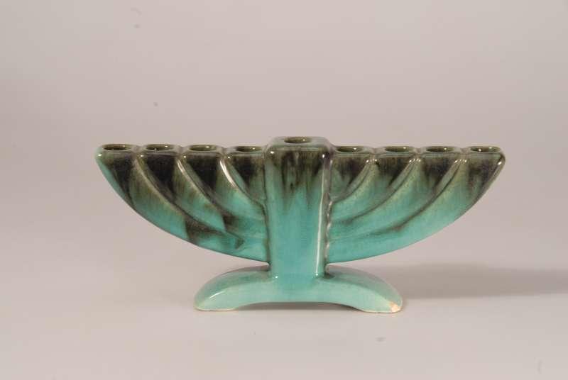 מנורת חנוכה בצבע טורקיז
