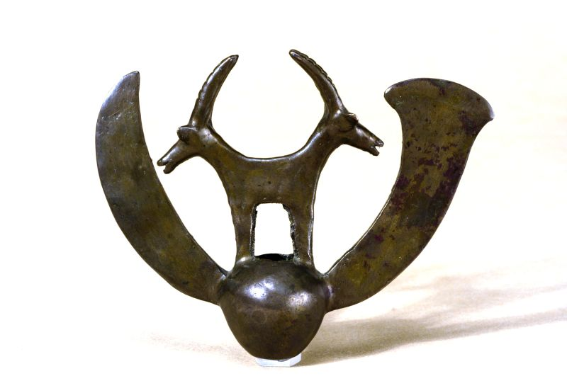 Mace head with twin-headed ibex
