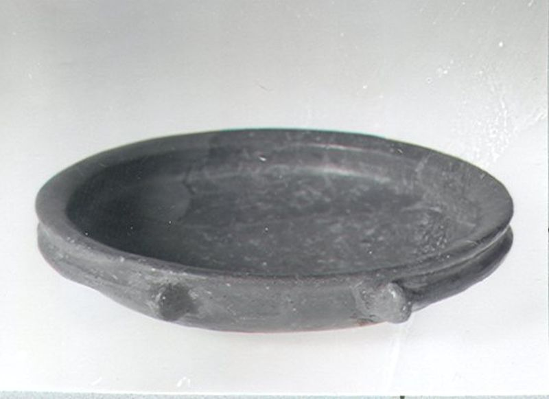 Dining and serving vessel: bowl