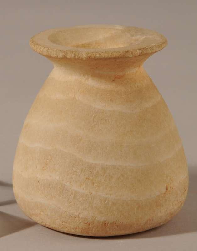 Piriform vase