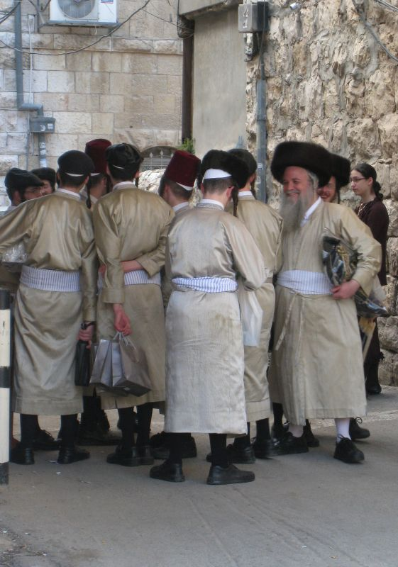 Toledot Aharon hasidim in festive dress