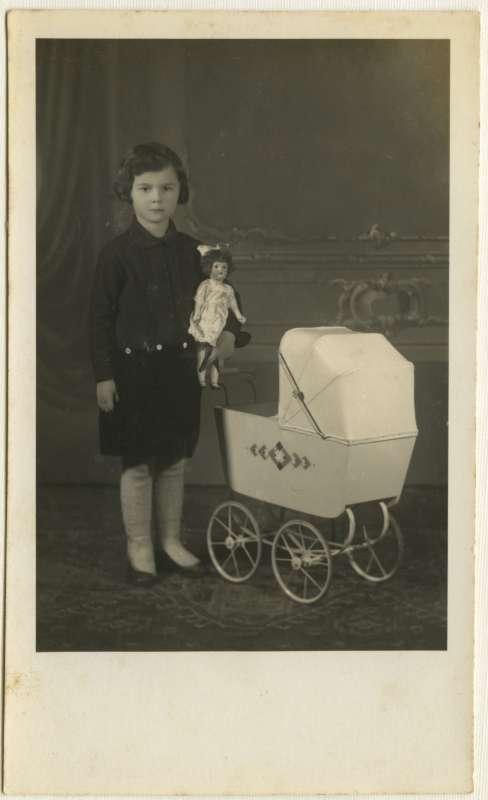 יהודית גולדשטיין בגיל חמש