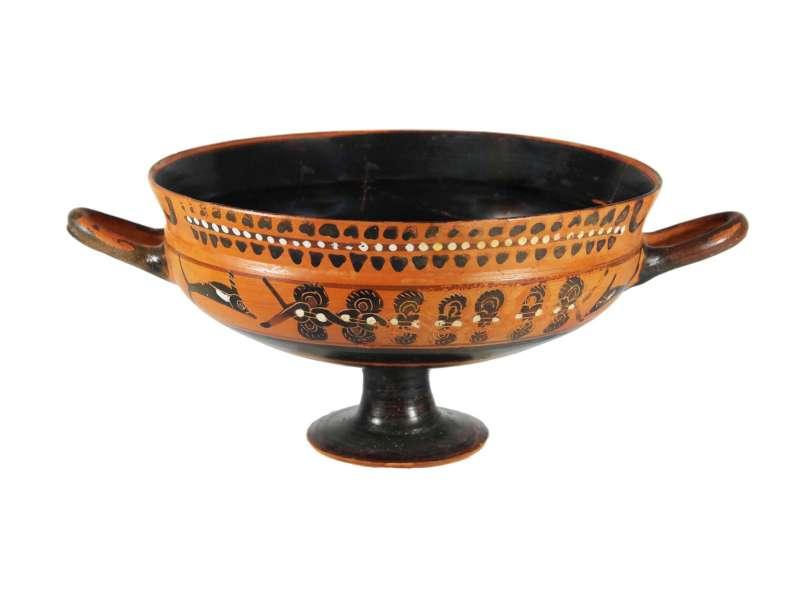 קיליקס (קערת יין) סיאנה שחור-דמויות