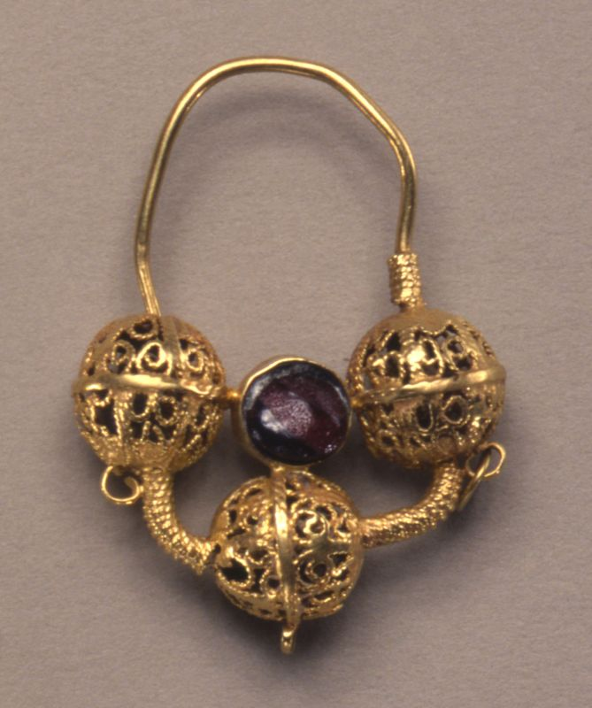 Earring inlaid with semiprecious stones