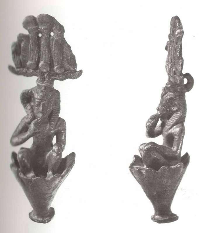 פסלון בדמות הורוס ילד השמש