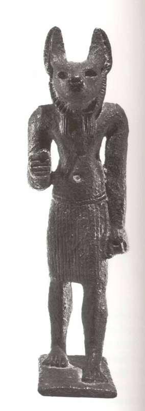 צלמית אנוביס, שומר בתי הקברות ואל החניטה