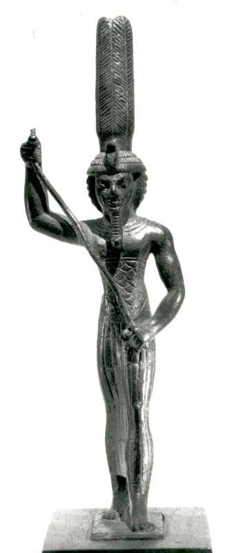 צלמית בדמות האל אוֹנוּרִיס