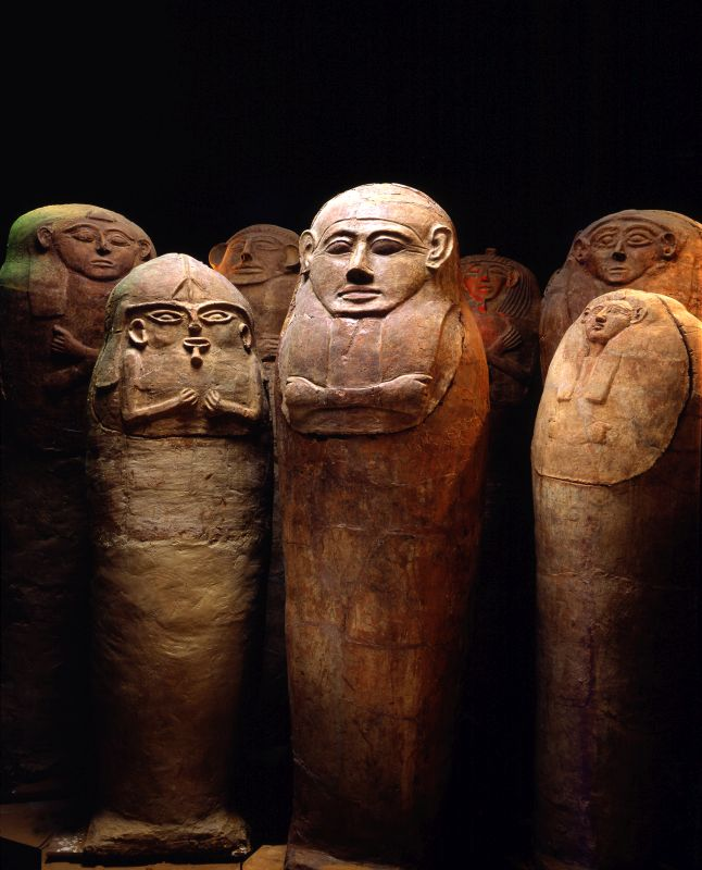 Anthropoid sarcophagi