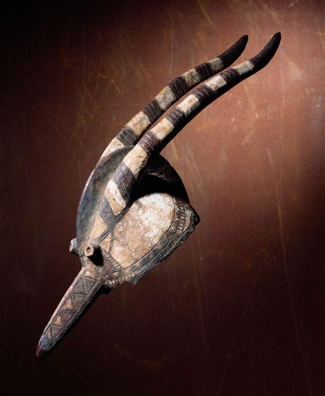 כיסוי ראש בצורת אנטילופה (וואנגו-ניאקה)