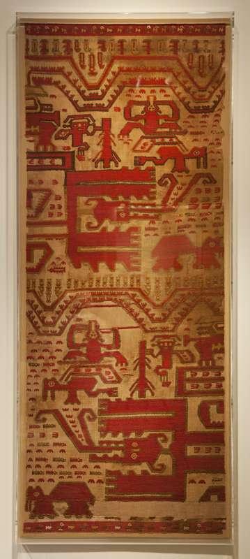 Mantle depicting a mythological nerrative of <i>spondylus</i> gathering and transport
