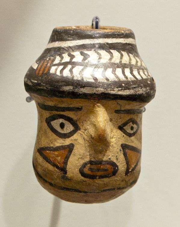 Miniature trophy head vessel