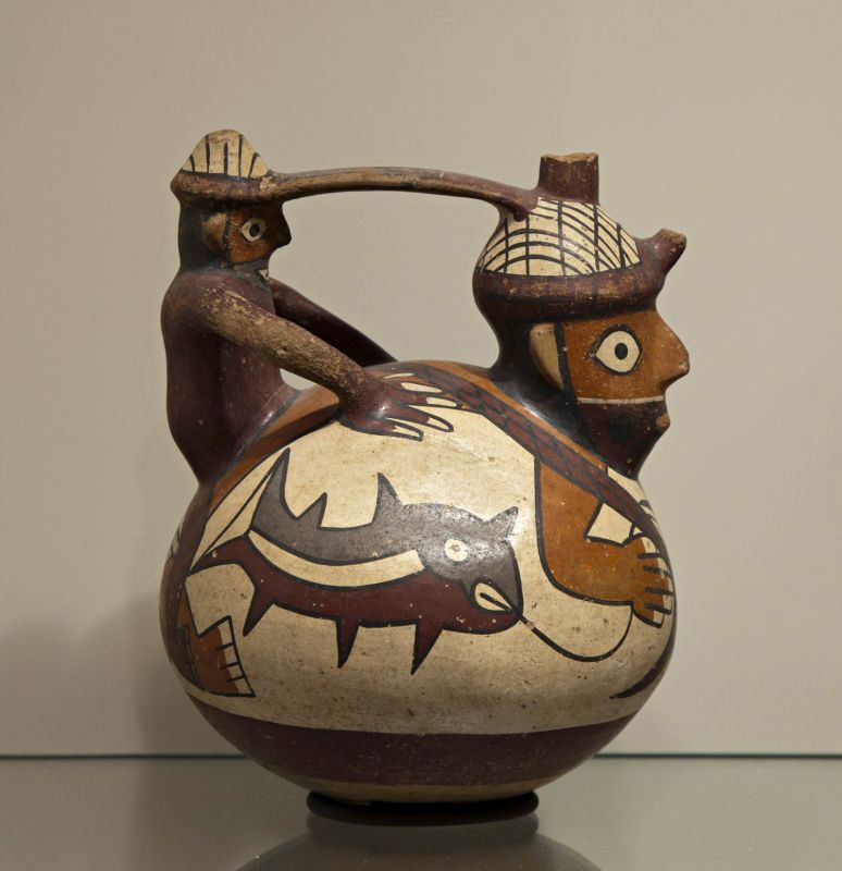 Bottle in the form of two fishermen