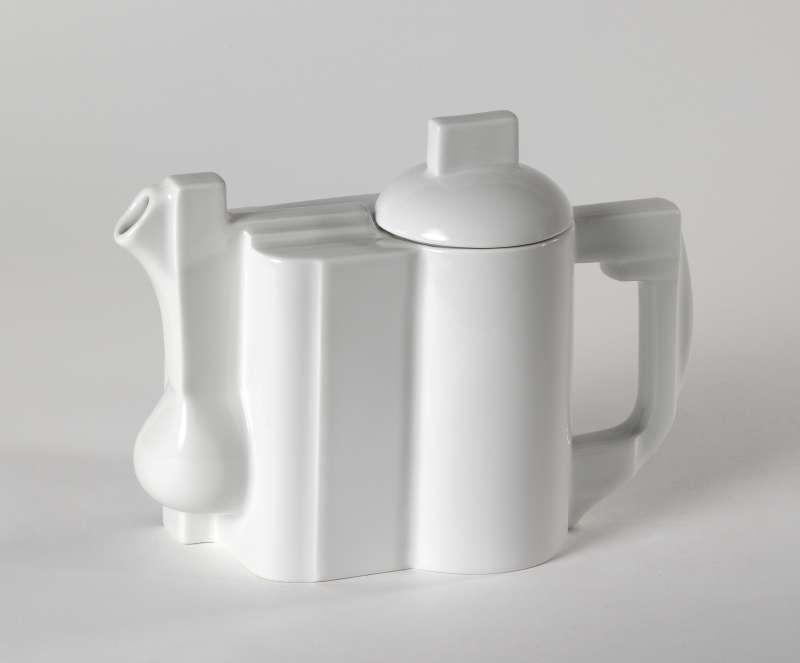 <i>Constructivist Teapot</i>