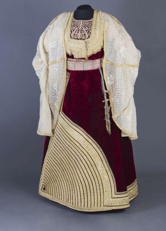השמלה הגדולה (