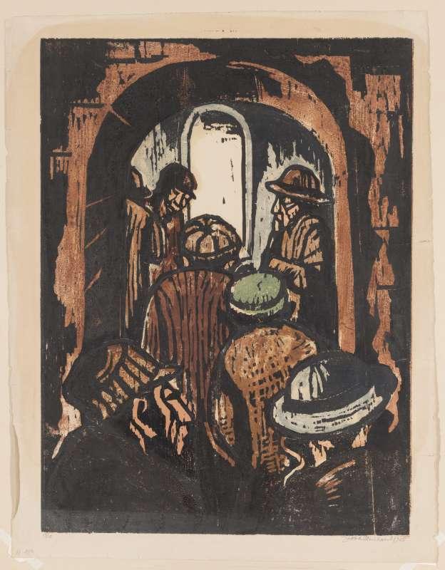 בכניסה לבית הכנסת