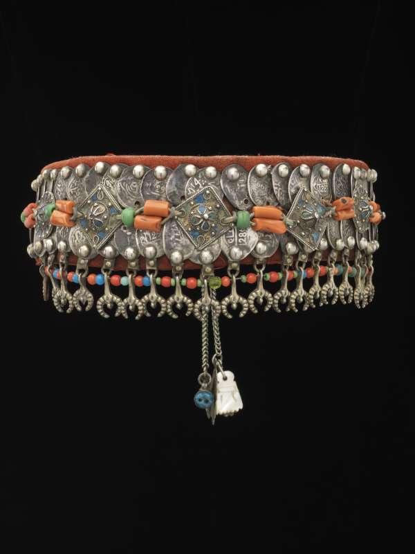 Woman's diadem ('Tasfift')