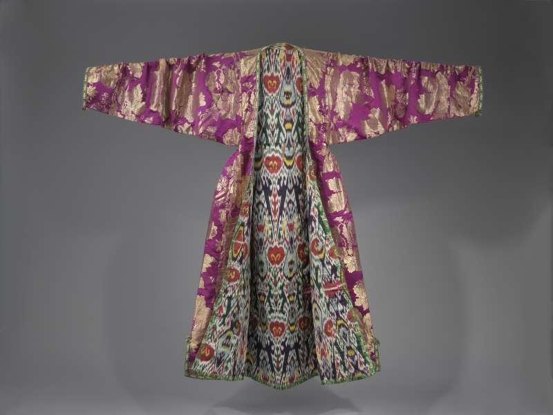 שמלת–מעיל מבוכרה ('כַּלצַ'ךּ')