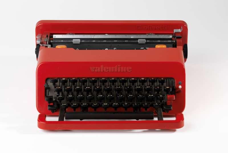 <i>Valentine</i> portable typewriter
