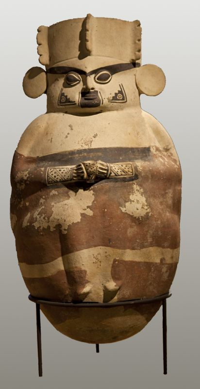 Storage jar in the form of a crowned nobleman wearing earspools and holding a <i>kero</i> beaker