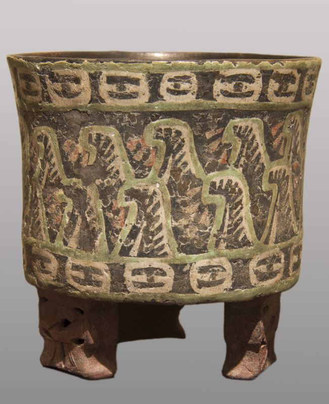 Tripod vessel decorated with sacred mountains and the eyes of Tlaloc