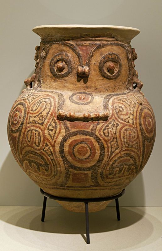 Large funerary urn