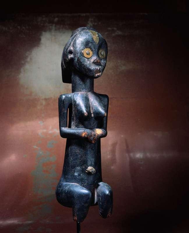 צלמית קבורה בדמות אישה ('בְּיֶרי')