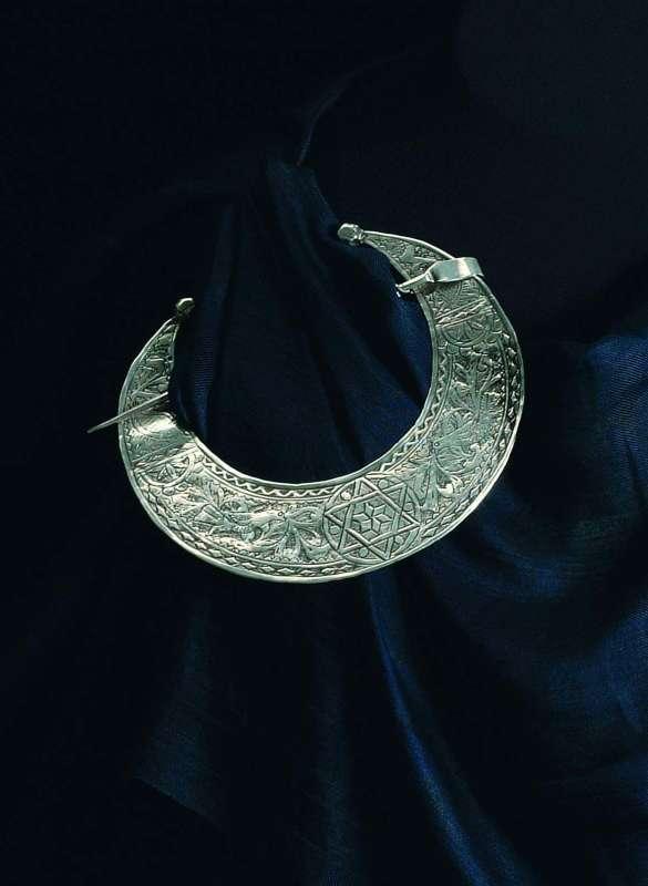 סיכת פריפה 'הלאל' (ירח)