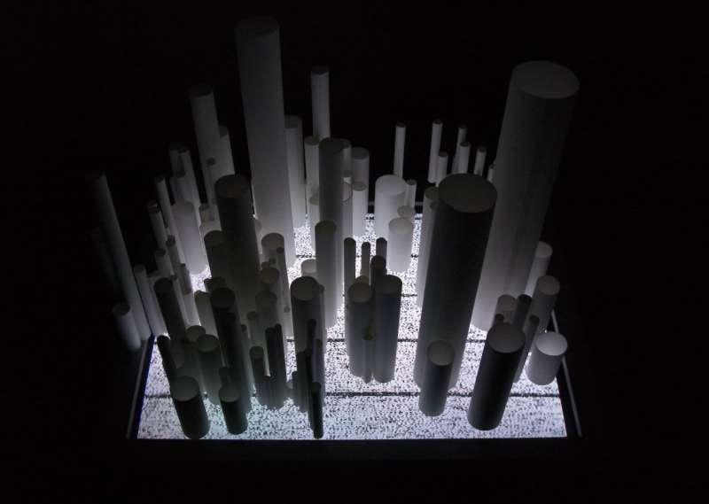 installation #6 (tubes)