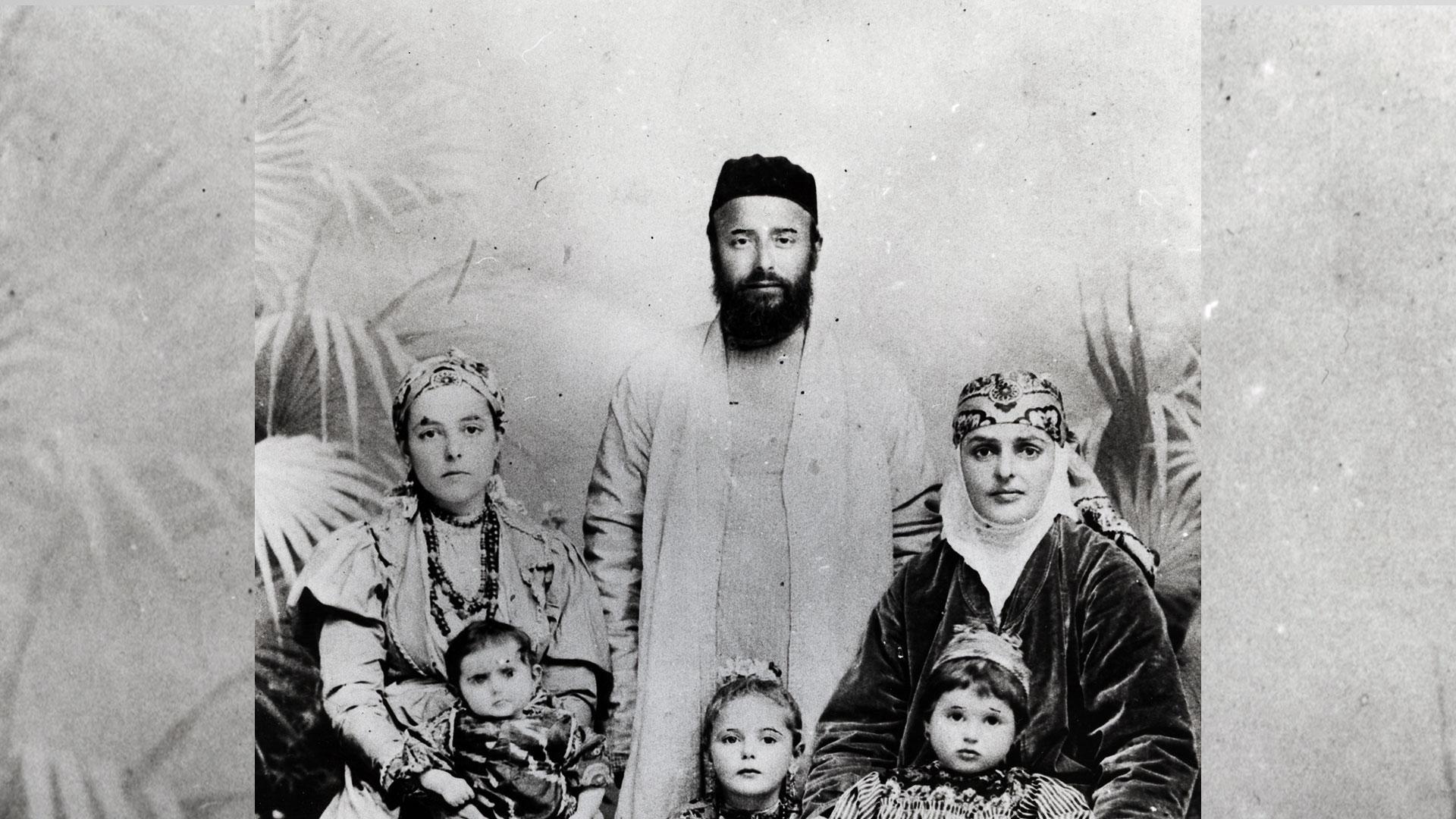 משפחת בביוף, אוזבכיסתאן, 1909 בקירוב
