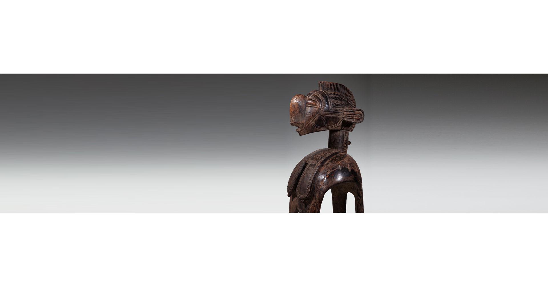 """נימבה<br>אמנות בני באגה ו""""האם הגדולה"""""""